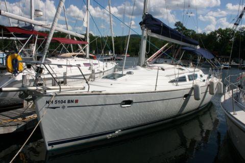 2006 Jeanneau Sun Odyssey 35
